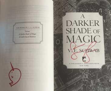 Victoria-Schwab-Darker-Shade-of-Magic