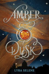 Amber & Dusk by Lyra Selene: Review & Giveaway